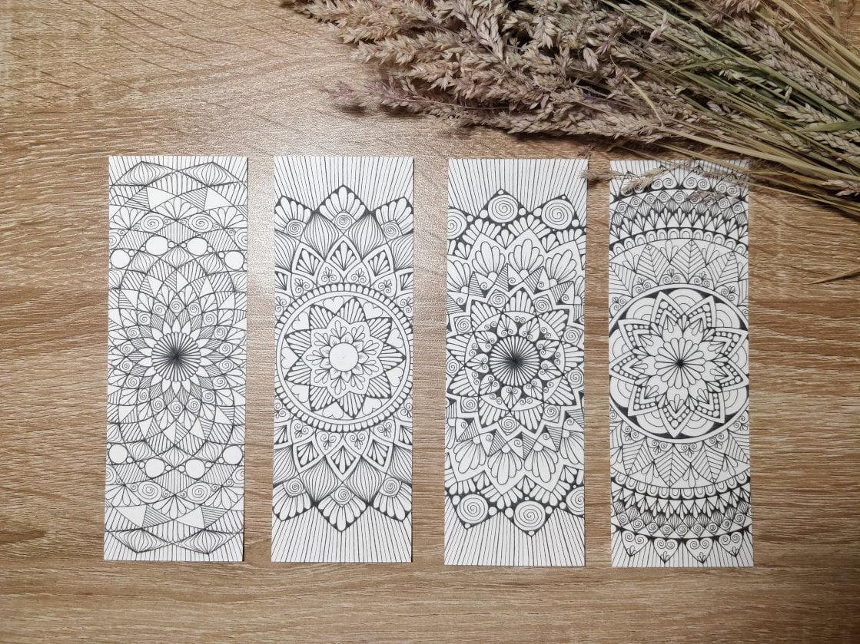 Marque-pages mandala dessinés à la main